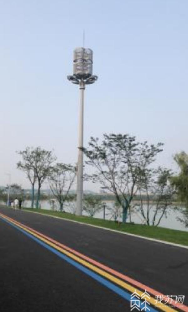 南京广电网客户端_路灯杆上架793座5G基站 5G+路灯点亮智慧南京